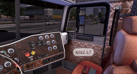 Freightliner Classic XL 4