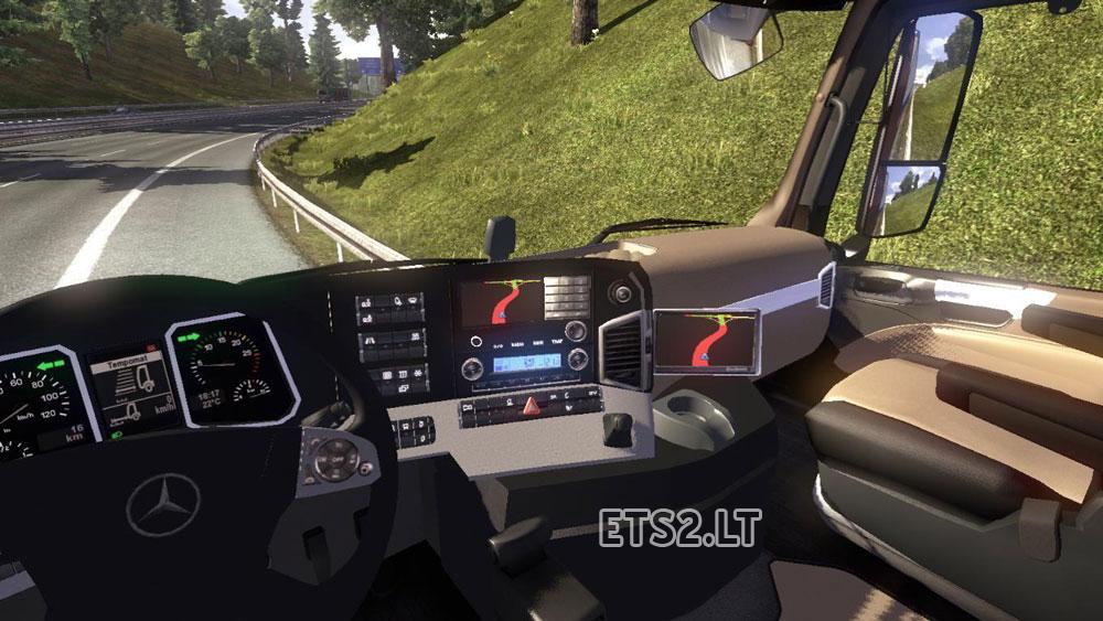 Mercedes benz truck 2014 interior for Mercedes benz truck 2014