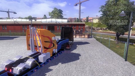 Trailer-with-Disssembled-1