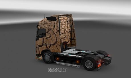 Volvo-FH-2013-Under-Earth-Skin-2