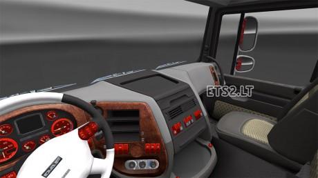dar-red-interior