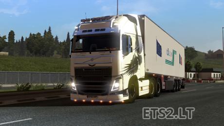 Volvo-FH-2012-Eagle-Skin-1
