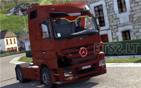 Broken-Mercedes-1