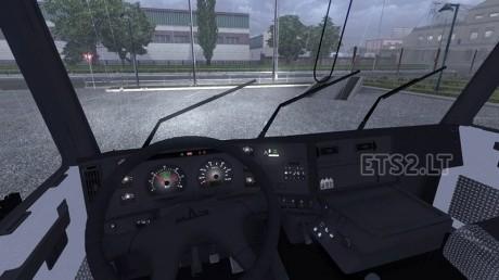 maz-truck-interior