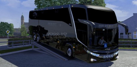 G7-LD-6x2-Touringcar-Bus-1