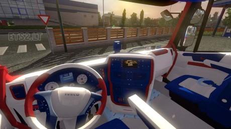 Iveco-Hi-Way-Martini-Racing-Pack-2