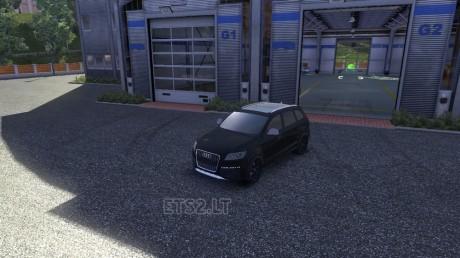 Audi-Q7-2010-1