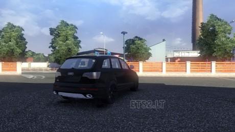 Audi-Q7-2010-2