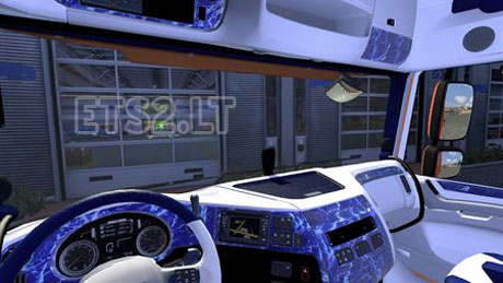 DAF-XF-Euro-6-Blue-White-Interior-1
