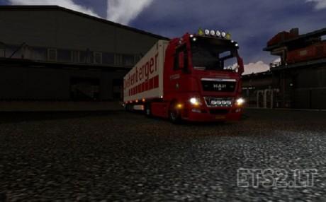 logistics-man