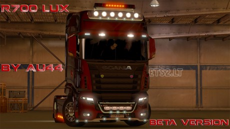 r700-lux