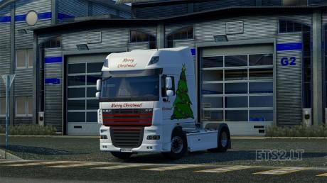 christmas-tree-skin