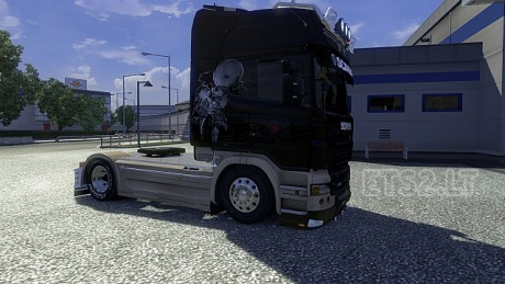 Scania-Black-Beige-Skin-2