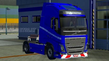 Volvo-FH-2012-Gendarmerie-Skin-1