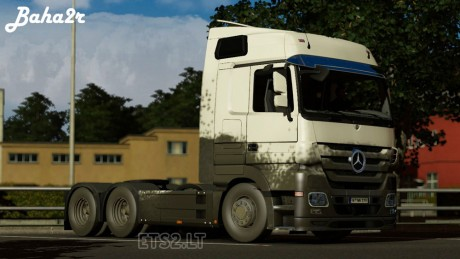 Mercedes-Benz-Dirty-Skin