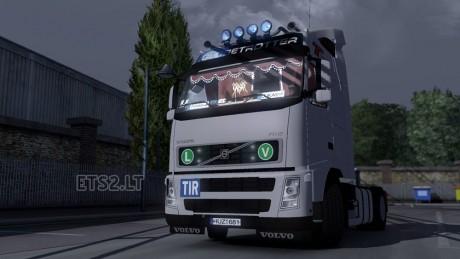 Volvo-FH-12-2'-s-1