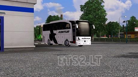 Mercedes-Travego-1