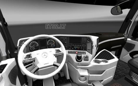 Mercedes Actros MP4 2014 Interior-1