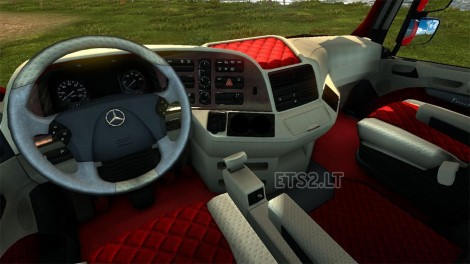 old-actros-interior-2