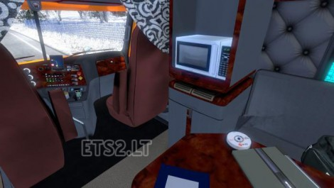 Freightliner Coronado Edit (2)