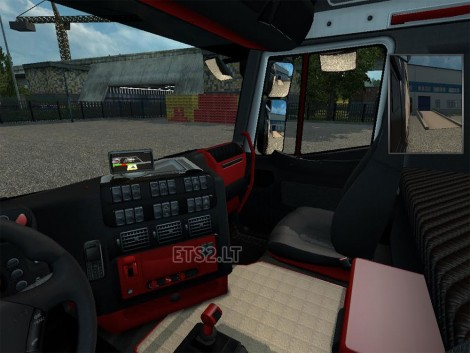 iveco-black-red