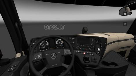 MP4-Interior-1