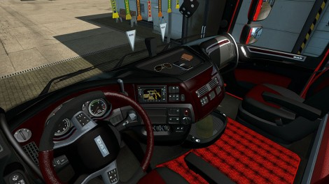 Black-&-Red-Interior-1