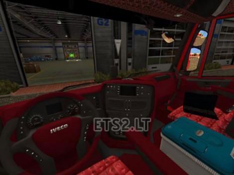 Black-Red-Interior