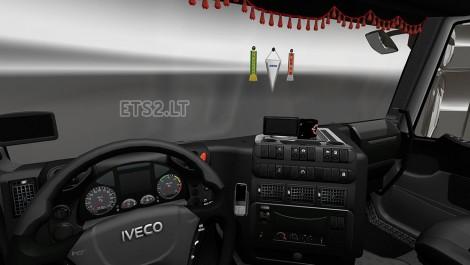 Iveco-Stralis-Interior-2