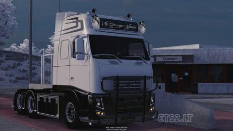 Volvo-FH13-Naomi