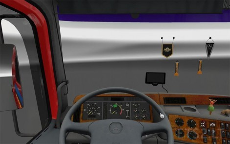 actros-truck-2