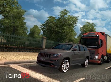 Jeep-Grand-Cheeroke-SRT8-2