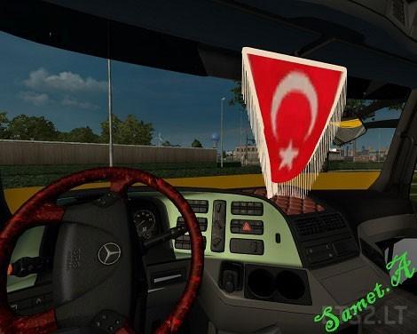 Mercedes-Benz-Actros-Centipede-3