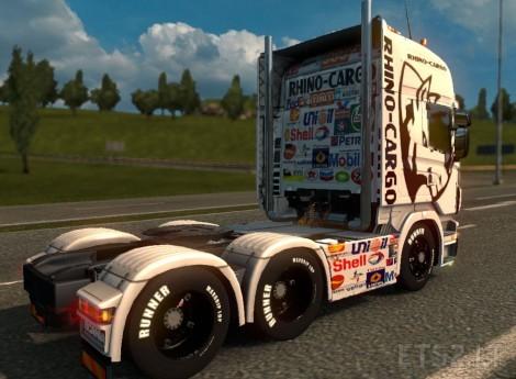 Rhino-Cargo-2