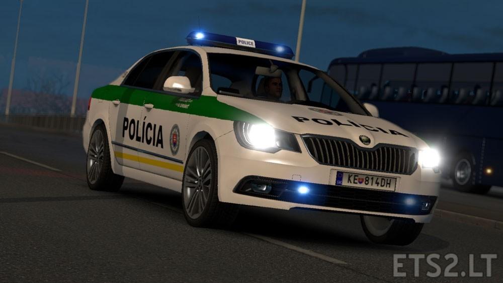 Skoda-Superb-SVK-Police-1