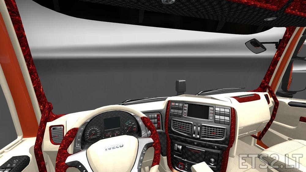 Lux-Interior-1