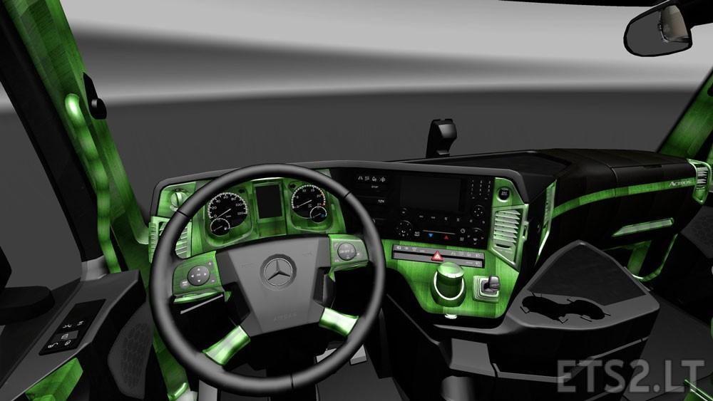 Mercedes-Actros-MP4-2014-Interiors-1