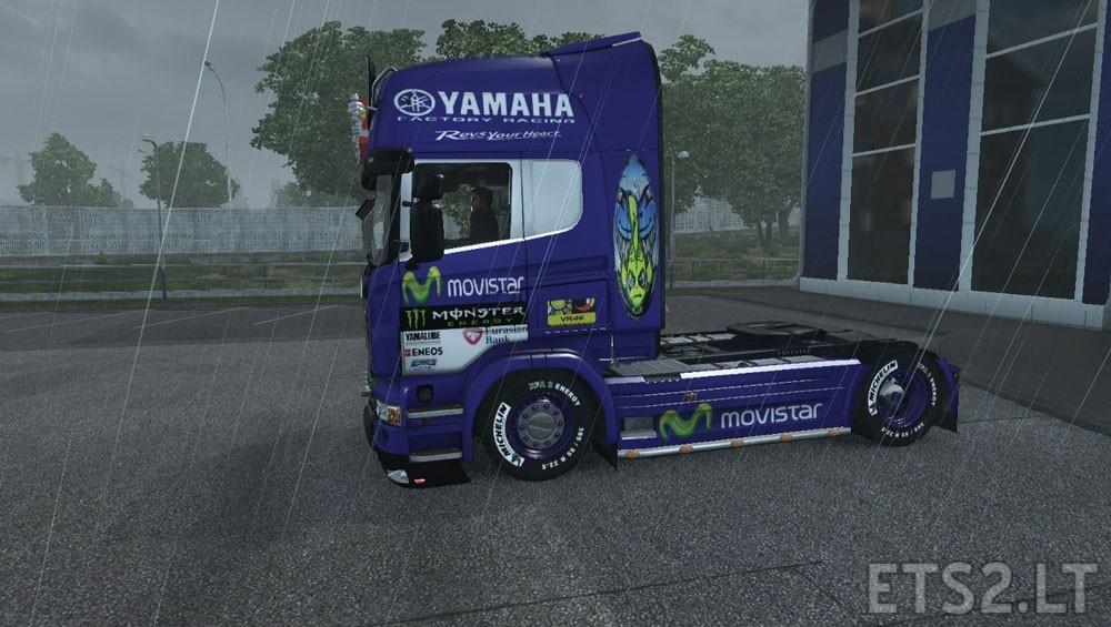 Movistar-Yamaha-1