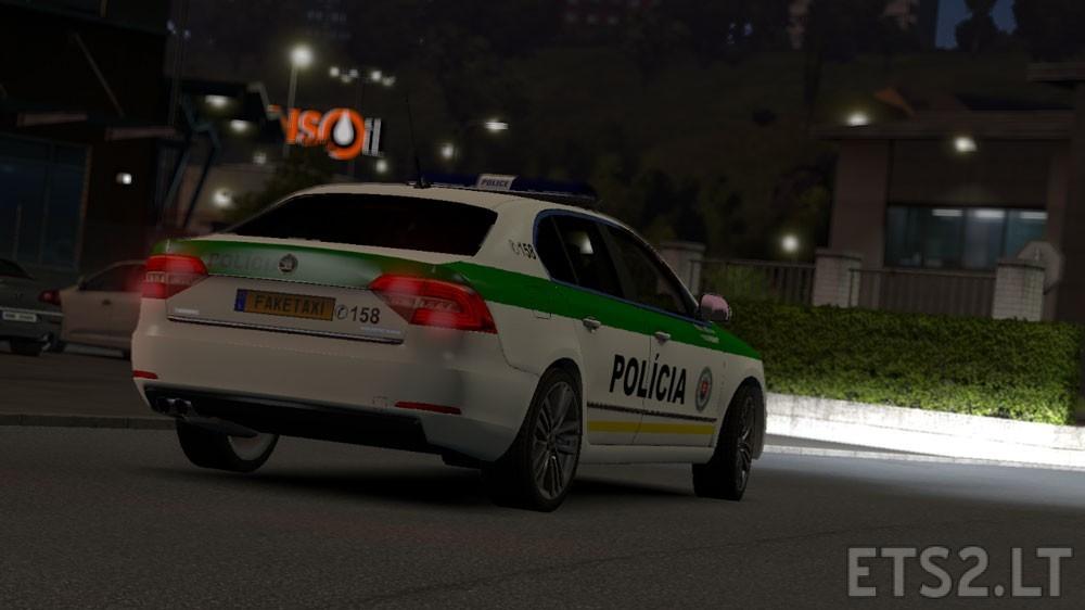 Skoda-Superb-SVK-Police
