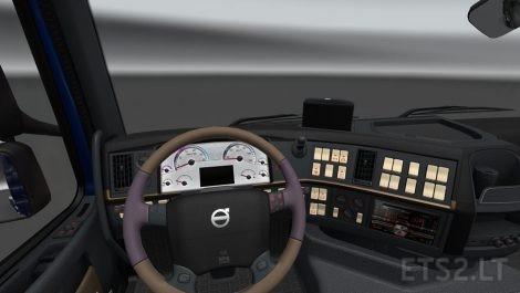 Volvo-2009-New-Dashboard-2