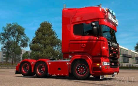 Black-&-Red-Wheel-1