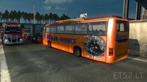 bus-12