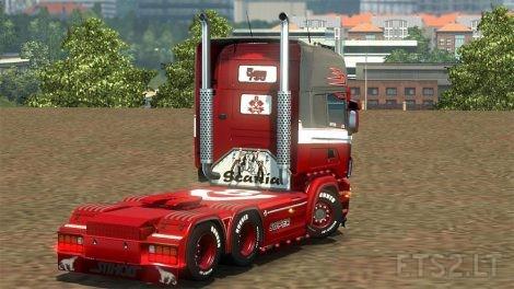 red-liner-3