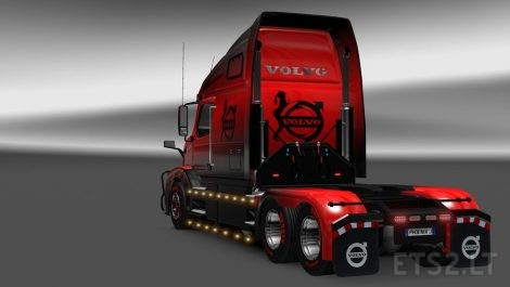 Black-&-Red-3