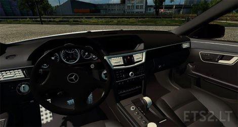 Mercedes-E64-AMG-3