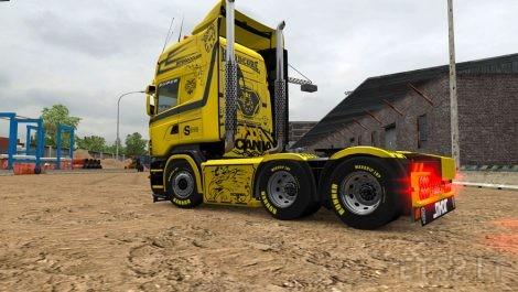 Yellow-Queen-2