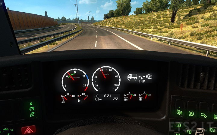 Scania Dashboard Computer on Red Engine Light Flashing