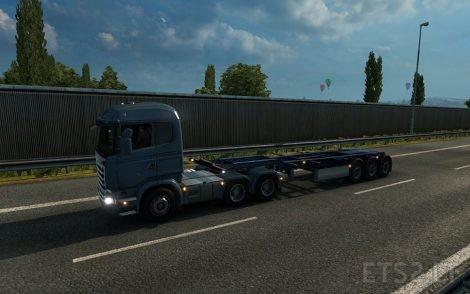 trailers-in-traffic-3