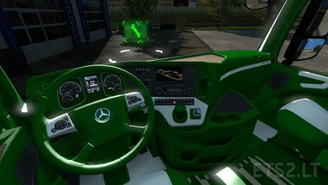 mercedes-actros-mp4-interiors-2
