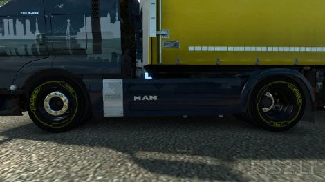 yellow-michelin-tires-2